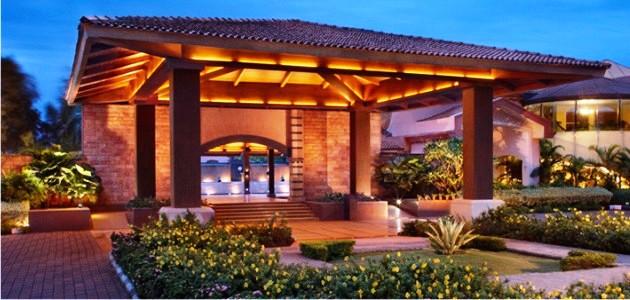 Main Entrance at Kenilworth Resort