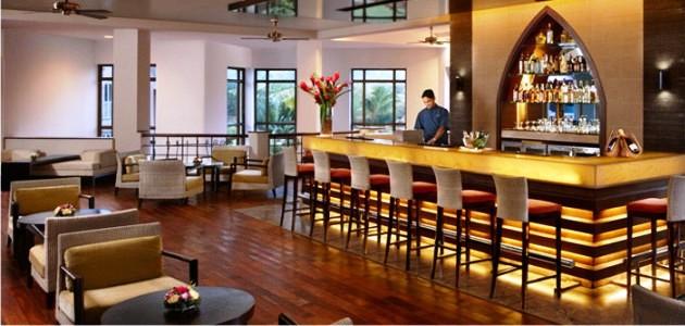 Lobby Bar at Kenilworth Resort