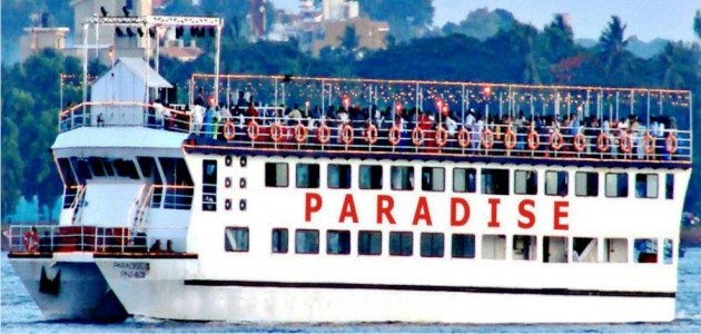 Paradise Cruises by Day