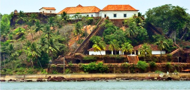 The Reis Magos Fort From Across The Mandovi River
